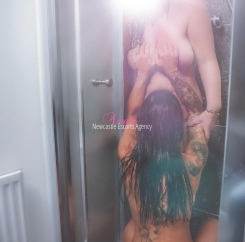 Newcastle escort agency -Charlie/Bella Duos
