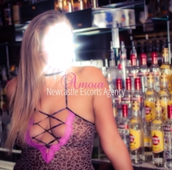 Newcastle escort agency -Lauren