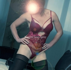 Newcastle escort agency -Poppy